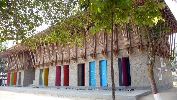 Arquitetura vernacular é aplicada em escola de Bangladesh