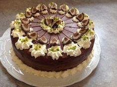 Mozart-Torte, ein sehr schönes Rezept aus der Kategorie Torten. Bewertungen: 136. Durchschnitt: Ø 4,7.