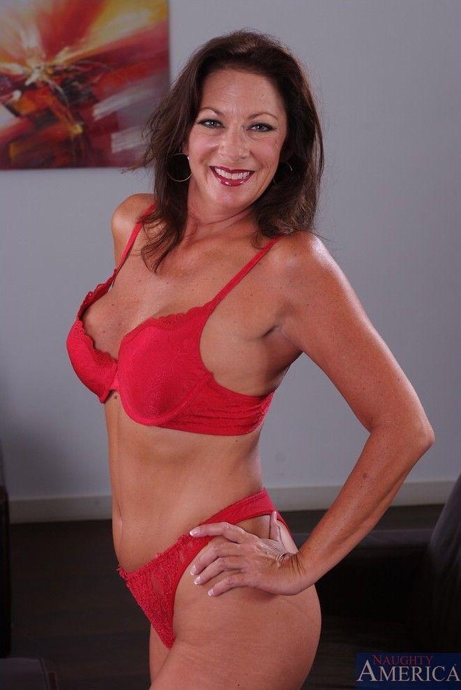 Margo Sullivan Nude Photos 66