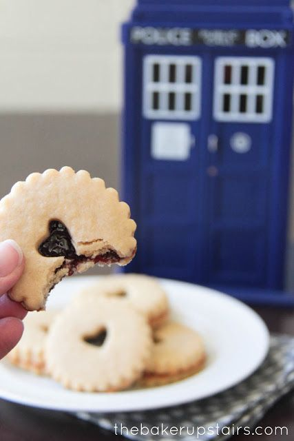 Homemade Jammie Dodgers to celebrate the premiere of Doctor Who! These would also be perfect for a little girl's tea party, or with a cup of hot chocolate! // the baker upstairs http://www.thebakerupstairs.com