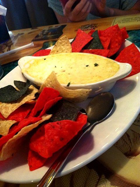 レシピとお料理がひらめくSnapDish - 2件のもぐもぐ - Crab Dip @ Joe's Crab Shack by lauren cantu