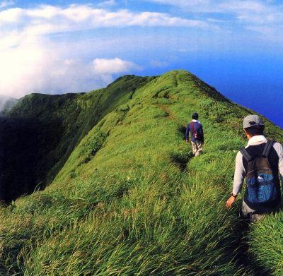 八丈富士山をトレッキング。山の上からの景色は絶景◎八丈島の見所!