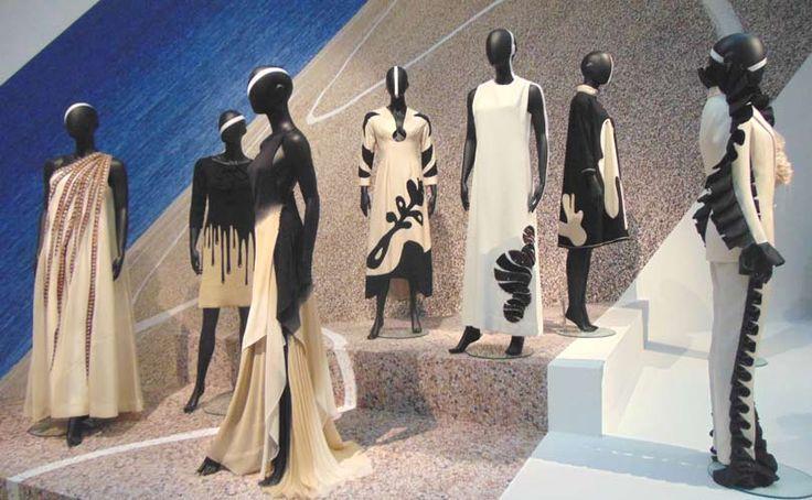 a trip through the history of Dutch Fashion - Gemeentemuseum Den Haag
