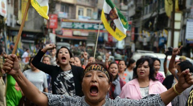 Darjeeling: The Gorkha Janmukti Morcha (GJM) is trying to get all the pro-Gorkhaland forces together to give further push to the Gorkhaland demand — an issue that is a political compulsion for the party in power in the Hills. The Morcha has called for an all-party meeting on Tuesday. The...