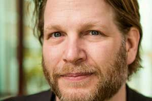 Entrepreneurship for Freaks: Chris Brogan Talks to Marketing Smarts [Podcast]  Read more: http://www.marketingprofs.com/podcasts/2014/24678/business-owner-chris-brogan-marketing-smarts#ixzz3S1ESCzJM