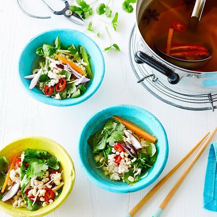Vietnamese pho soup with chicken // www.maku.fi