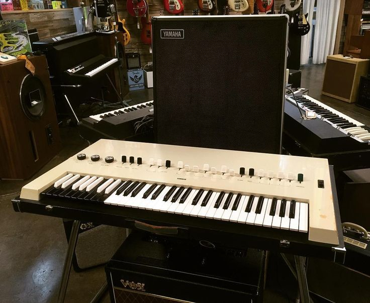 A great combination of a great combo organ and a great combo amplifier! #YAMAHA #Electone #YC20  #TA60  #Flexion  #Japan
