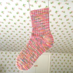 Sew Sweet Violet: Socks Socks Socks ..... Part two.