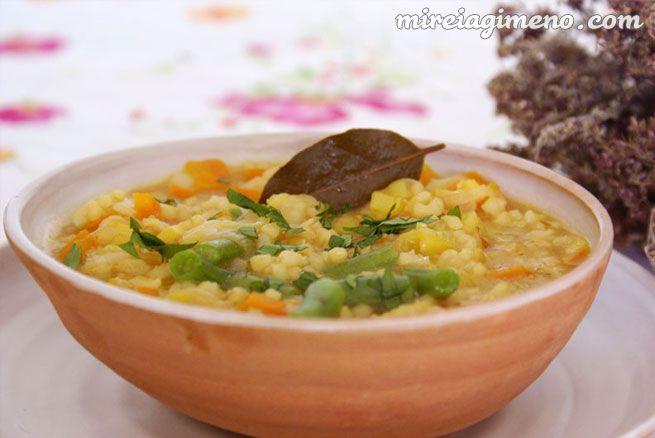 Arroz caldoso al azafrán con verduras http://www.mireiagimeno.com/recetas/arroz-caldoso-con-azafran-y-verduras