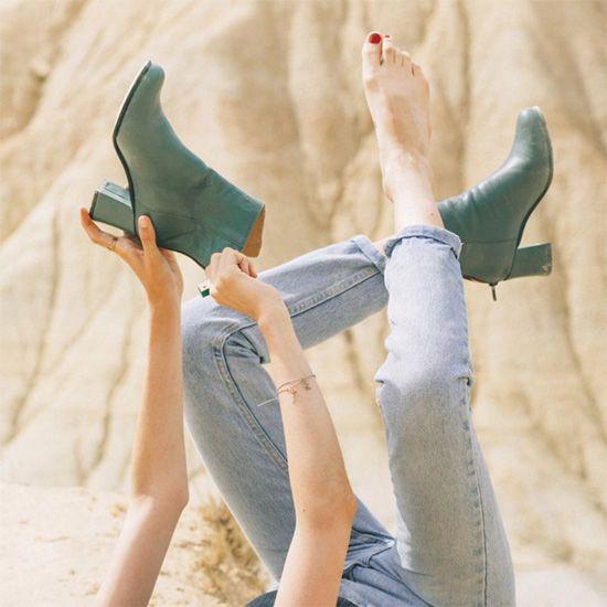 About Arianne/アバウト・アリアンヌ MILOS Ficus バックジップアンクルブーツ - SIAMESE/サイアミーズ ファッション通販セレクトショップ #AboutArianne #アバウトアリアンヌ #スペイン #spain #shoes #シューズ #ブランド #インポート #バックジップ #アンクルブーツ #ブーティ #ブーツ #グリーン #フィカス #green #ficus #ウェッジソール #AmericanApparel #アメリカンアパレル #VOGUE #ヴォーグ #Barbie #バービー #コラボ #雑誌掲載 #model #モデル #ootd #outfit #outfitoftheday #コーデ #コーディネート