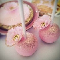 wedding photo - Pink and Gold Wedding Cake Pops with Pink and Gold Edible Sugar Flowers