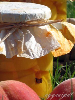 Vaníliás őszibarackbefőtt