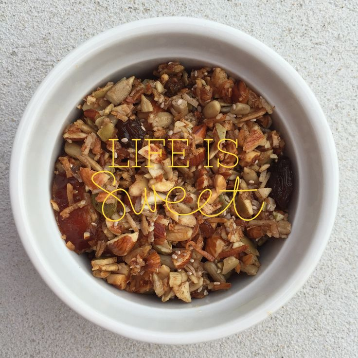 Paleo muesli for those lazy Sunday mornings