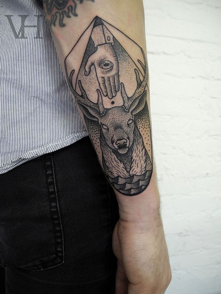 deer head, antlers, black and grey tattoo