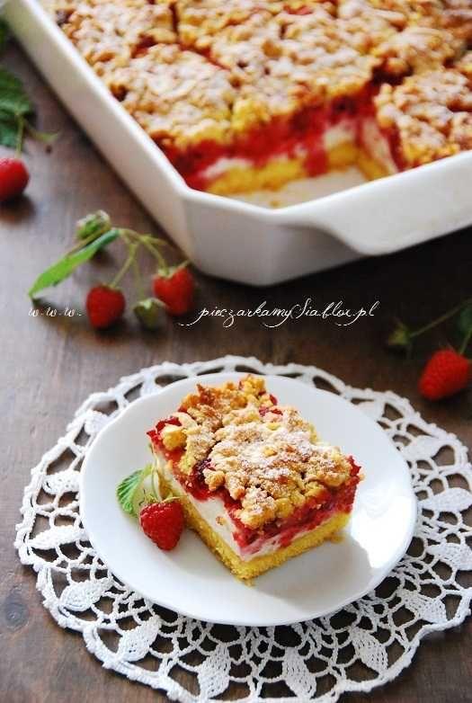Kruche ciasto z malinami i lekką budyniową pianką | Słodkie Przepisy Kulinarne