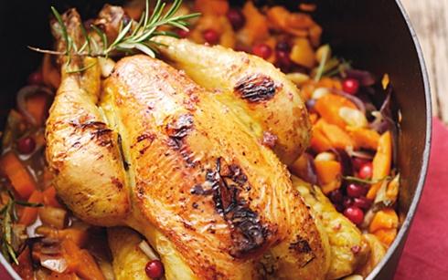 Geschmortes Mais-Huhn