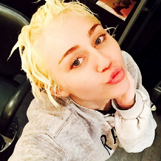 Miley Cyrus Debuts Bright Blonde Hair: Do You Like It? | Cambio