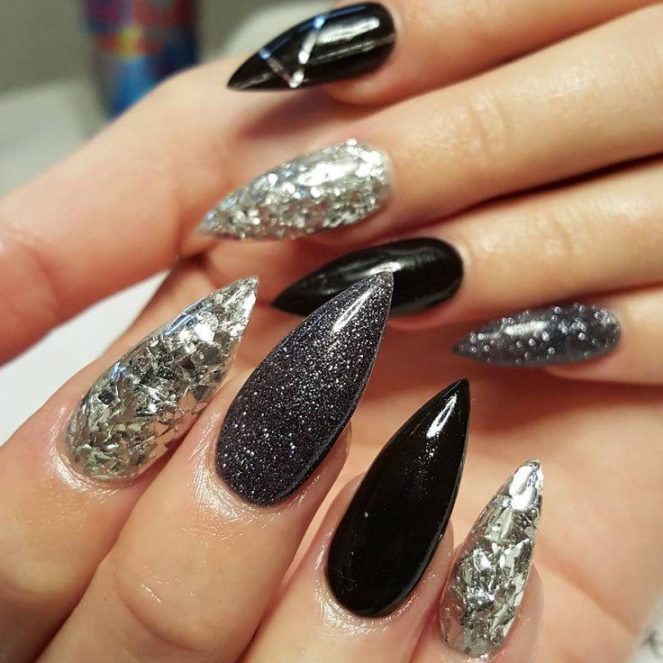 Matilda fick en makeover delux   #lightelegance #lovenails #nails #naglar #nailart #nailwow #naillove #nailporn #nailinspo #nagelsalong #nailpromagazine #nailtutorial #instanails #gelnail #gelnails #gelenaglar #nailprodigy