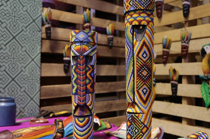 Expoartesanías es la feria más importante del sector artesano en América Latina que busca promover y fortalecer el sector artesanal colombiano. Se lleva a cabo todos los años en Corferias, Bogotá.