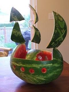 pirate ship watermelon... Levi just said Grandma should make this for me!