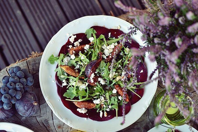 Smaki Alzacji : Carpaccio z buraków, macerowaną figą i kozim serem...