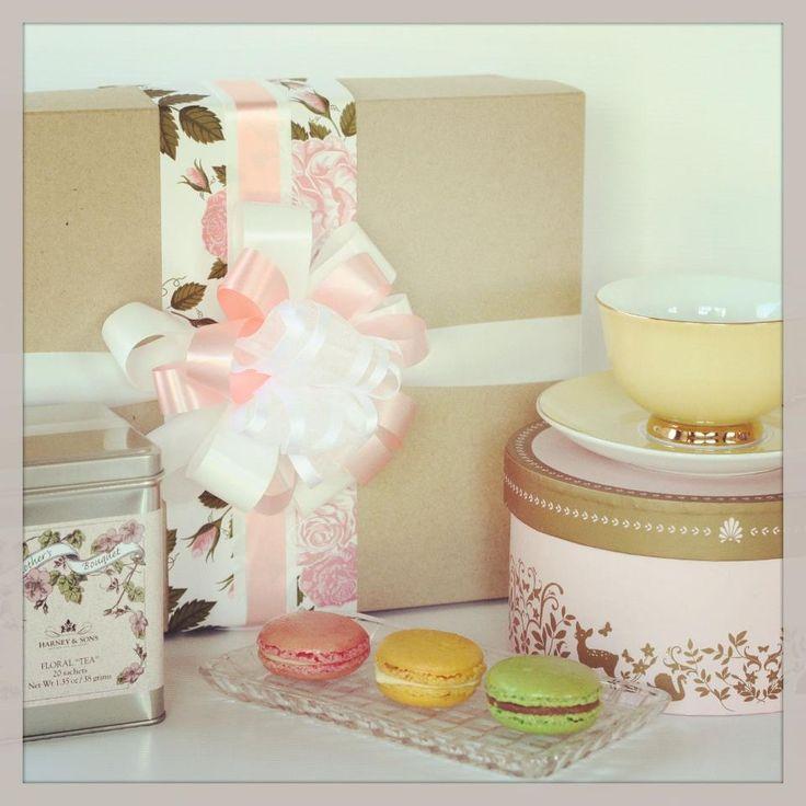 High Tea Hamper http://www.thepressiebox.co.nz/product.php?gift=high_tea_hamper&cart=MORGHedCV4nE3u7GJ5Crke81nrdbPXhr&sku=PB0096&i=no