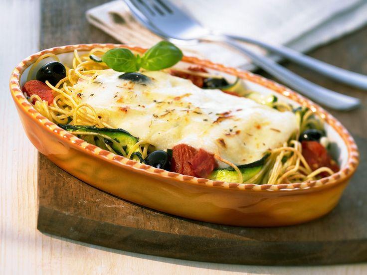 Spaghetti-Zucchini-Auflauf - smarter - Zeit: 20 Min.   eatsmarter.de