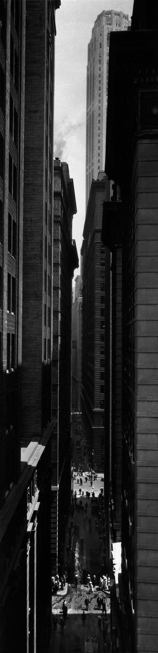 Berenice Abbott, Exchange Place, New York, 1933.