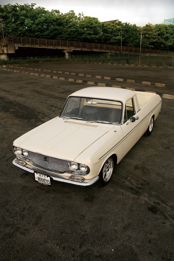 MOONEYES - CARS FOR SALE - 1964 TOYOTA CROWN