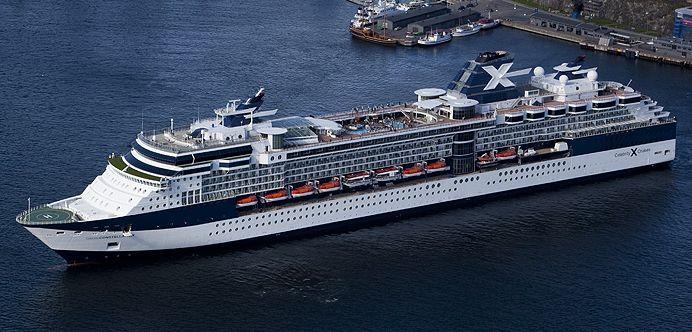 Le Constellation de la compagnie Celebrity Cruise. Capacité : :1950 passagers. #croisière #croisierenet.com #voyage #bateau #CelebrityCruise