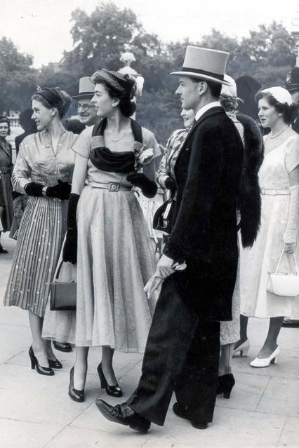 1952 - Guests at a Buckingham Palace garden party. www.LondonFashion.TV