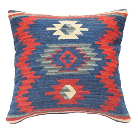 Harun Pillow