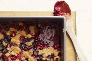 Weight Watchers Mixed Berry Crumble