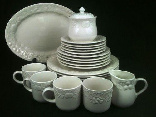 The Games Factory 2. Vintage DinnerwareWhite ... & 38 best Vintage Dinnerware images on Pinterest | Vintage dinnerware ...