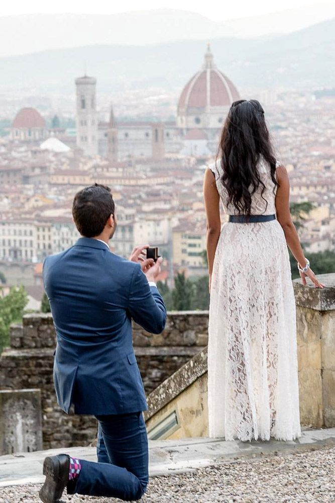 18 The Best Proposal Pictures Captured On Camera ❤ See more: http://www.weddingforward.com/proposal-pictures/ #wedding #proposal #pictures #ideas