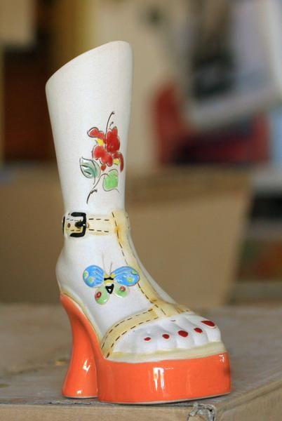 Fas Bunga Model Sepatu  Bahan Keramik Ukuran Tinggi 40 cm Lebar 20 cm