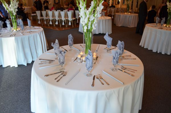 Google Image Result for http://www.fiftyflowers.com/site_files/FiftyFlowers/Image/Testimonials/tstm_792_6b5a_792tables.jpg