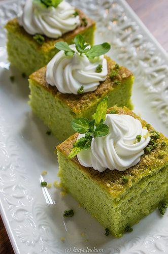 Затравка: Цуккиневый десерт от Девида Гарридо Задача стояла использовать оригинальные ингредиенты в оригинальных пропорциях и получить такой же как в ресторане…