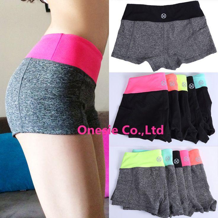 Pantalones cortos de corte adolescente sexy