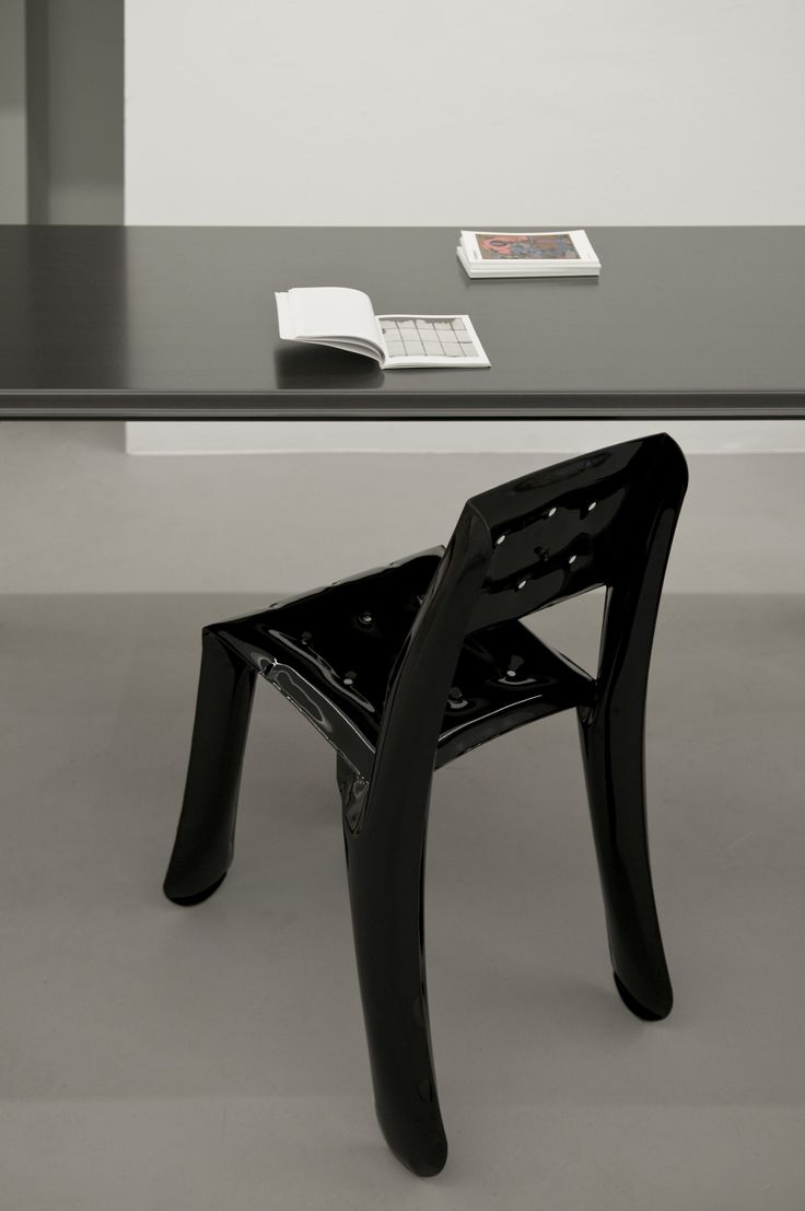 Carbon table with chippensteel chair  https://shop.zieta.pl/pl,p,,84,carbon_table.html  Carbon Table and NOGI- product card: http://zieta.pl/grafika/sales_kit/Carbon.pdf
