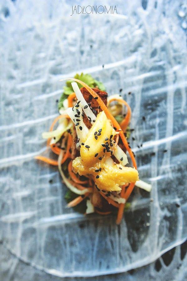 Spring rolls z mango i awokado » Jadłonomia · wegańskie przepisy nie tylko dla wegan