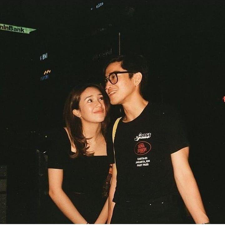 Resmi Pacaran 10 Potret Bio One Dan Beby Tsabina Ini Bikin Baper Sahabat Laki Laki Dan Perempuan Fotografi Pasangan Remaja Fotografi Teman