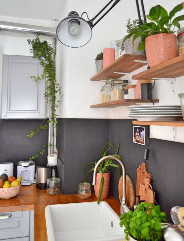 Urban Jungle Bloggers: Kitchen Greens by Adventures of a Municorn