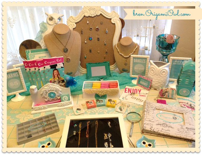 origami owl jewelry bar ideas www.carrieherrmann.origamiowl.com carrieherrmann@mac.com Join my team!! #4811