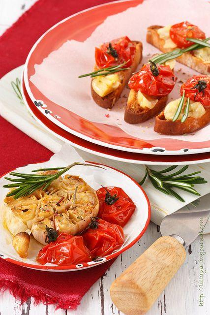 Bruschettа с чесноком и помидорами