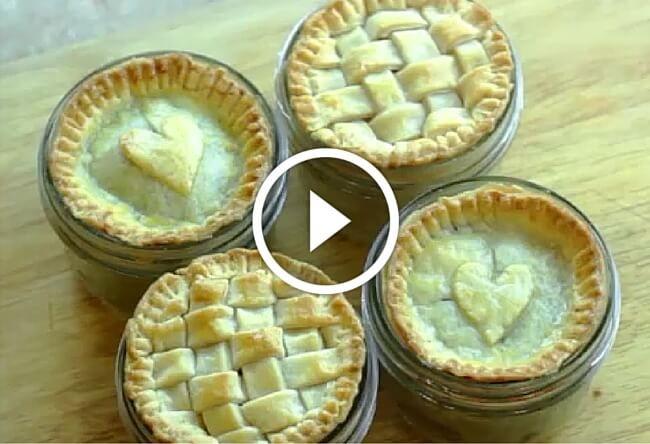 Mini Mason Jar Pies
