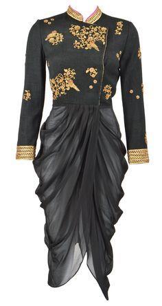 Dhoti style kurta. Read more http://fashionpro.me/guide-wearing-dhoti-style-kurtis