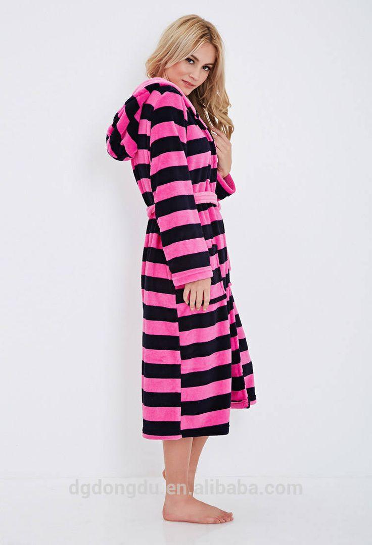 Womens Plush Fleece Hooded Robe   Fashideas.com