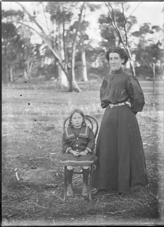 154150PD: Agnes Lowrey with her daughter Olive (Beatrice Olive) at Wyalkatchem, ca.1912.  http://encore.slwa.wa.gov.au/iii/encore/record/C__Rb5098215__Sagnes%20lowrey__Orightresult__U__X6?lang=eng&suite=def