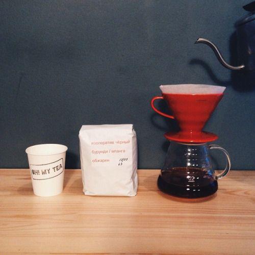 Новость дня💣 Отныне и снова варим черный на Черном @chernyicooperative Свежая Бурунди/Мпанга. Пробовать обязательно! #coffee #coffeespb #spbcoffee #coffeeguide #hario #aeropress #spb #spbcoffeeguide #saintp #спб #кофе #кофеспб #спбкофе...